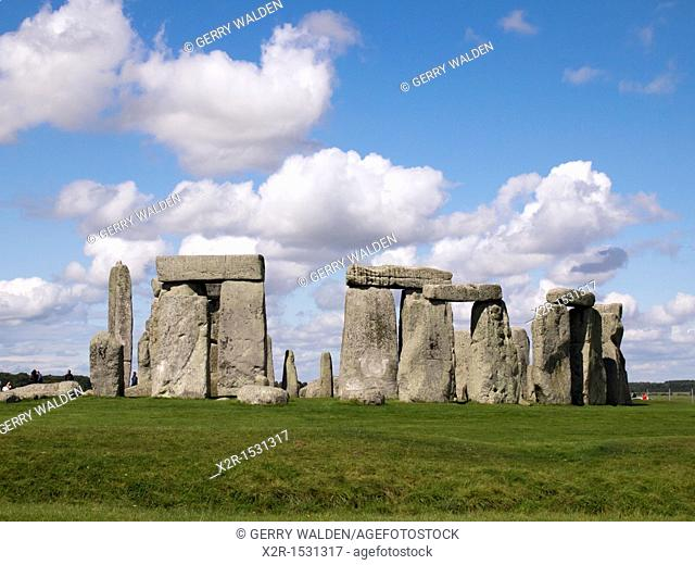 The 4,500 year old ancient religious site of Stonehenge in the middle of Salisbury Plain in Wiltshire where Druids worship