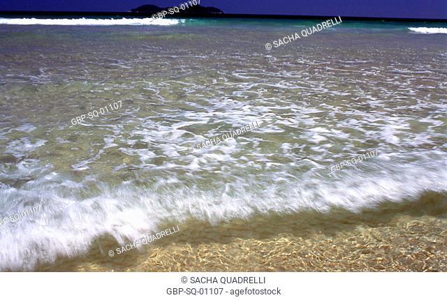 Wave, sea, Ilha Grande, RJ