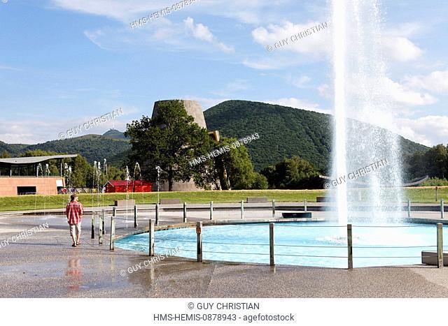 France, Puy de Dome, Parc Naturel Regional des Volcans d'Auvergne (Natural regional park of Volcans d'Auvergne), Saint Ours, Vulcania, geyser
