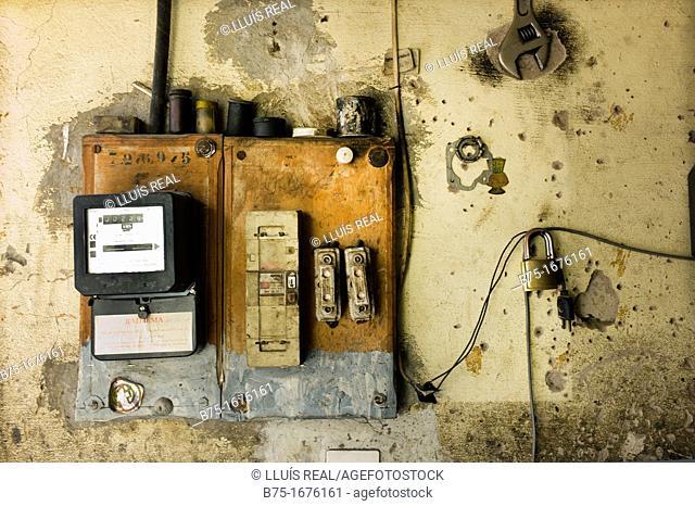 contador de electricidad en La Medina, Marrakech, Marruecos, Africa, The electricity meter in Medina, Marrakech, Morocco, Africa