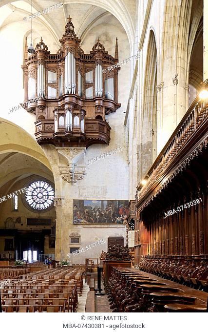 France, Haute Garonne, Toulouse, place Saint Etienne, Saint Etienne Cathedral