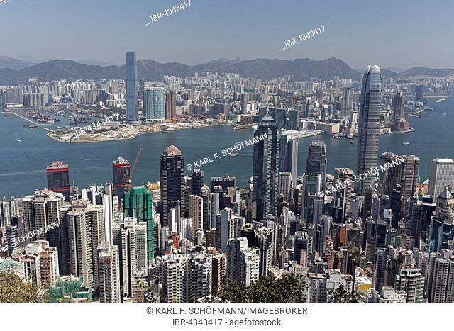 Skyscraper, skyscrapers in Central district, Victoria Harbour and Kowloon West, view from The Peak, Victoria Peak, Hong Kong Island, Hong Kong, China