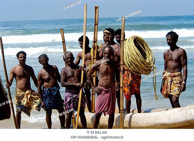 FISHERMEN READY FOR THE DAYS CATCH, CHOWARA BEACH NEAR KOVALAM