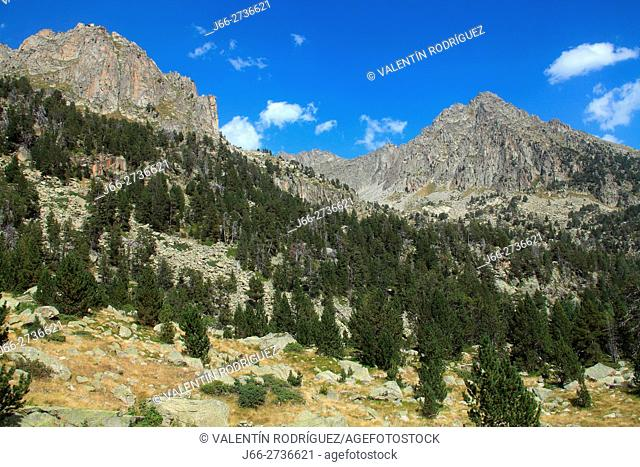 Landscape on the climb to Lake Amitges. National Park Aigüestortes y lake San Mauricio. Lérida