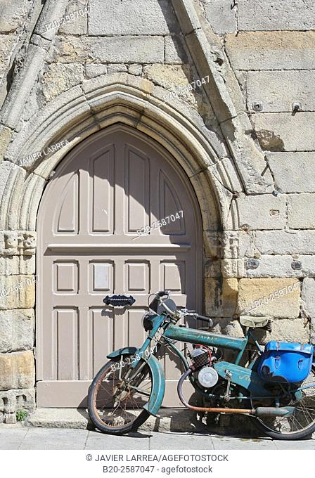 Grand Rue, Dinan, Bretagne, Brittany, France