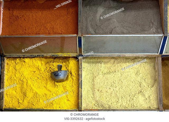 Colourful spice powders on a local market in Dubai, United Arab Emirates - Dubai, Dubai, United Arab Emirates, 11/12/2007