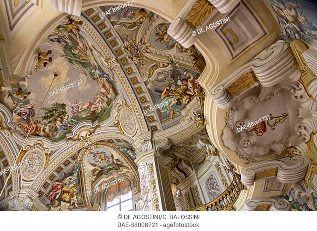 Central hall decorated with frescoes by Domenico and Giuseppe Valeriani, Hunting residence (UNESCO World Heritage Site, 1997), by Filippo Juvarra (1678-1736)