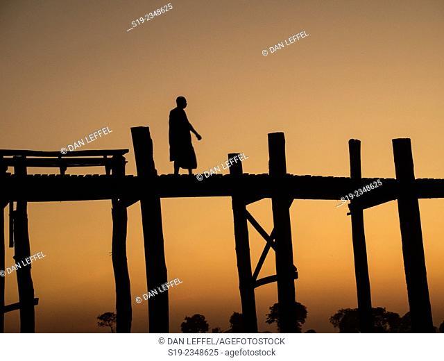 U-Bein Bridge, Myanmar