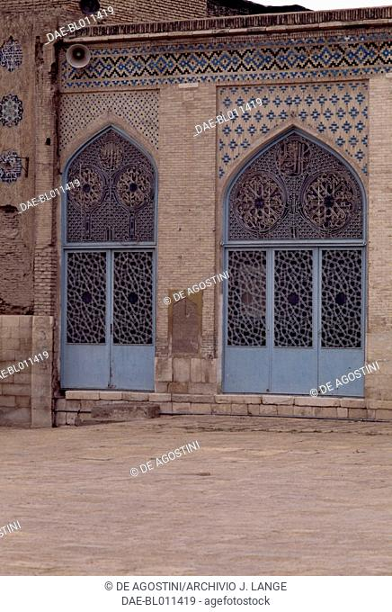 Doors in the courtyard of the Masjid-i Atiq mosque (Friday mosque) & Masjid atiq mosque Stock Photos and Images | age fotostock