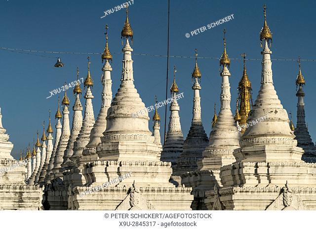 stupas of the Sandamuni Pagoda, Mandalay, Myanmar, Asia