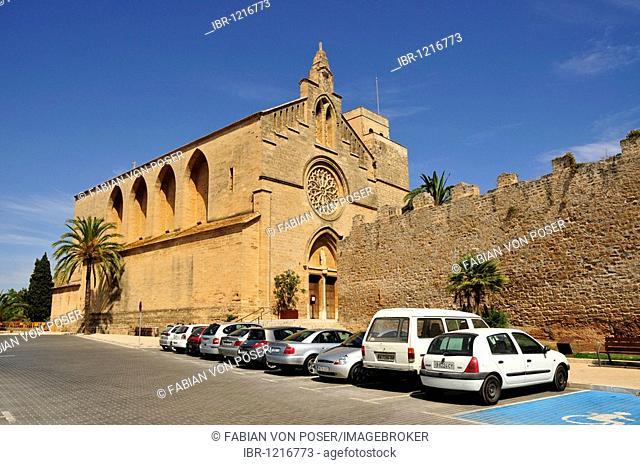 Sant Jaume de Església Church, neo-Gothic style, from 1893, Alcúdia, Majorca, Balearic Islands, Spain, Europe