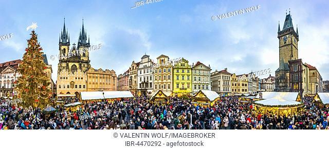 Tyn Church, historic town hall, Christmas market, Old Town Square, historic centre, Prague, Czech Republic
