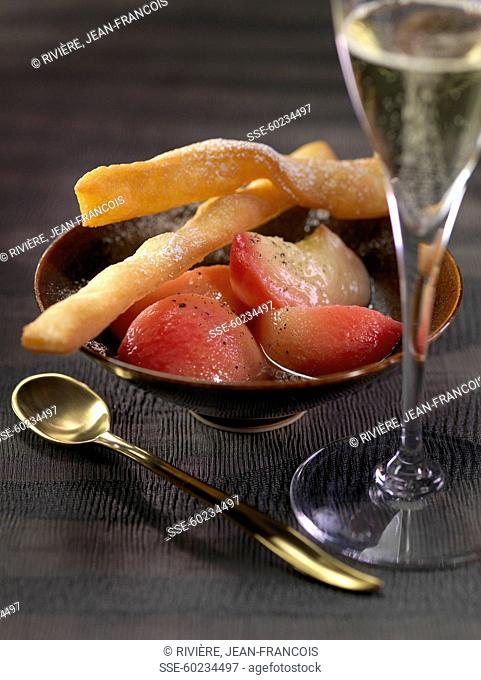 Vanilla-flavored stewed peaches and Bugnes