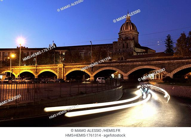 Italy, Sicily, Catane, Arches of marine