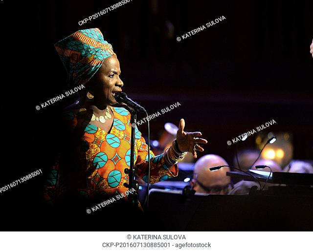Benin singer live Stock Photos and Images | age fotostock