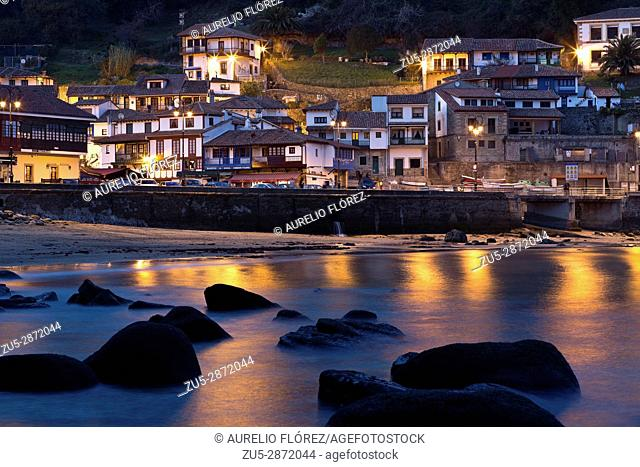 Tazones is a parish and town of the Asturian council of Villaviciosa (Spain). The parish has an area of 3. 51 km² and 254 inhabitants