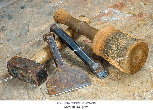 Stonemason stone mallet Stock Photos and Images   age fotostock