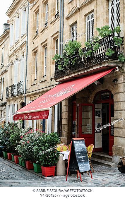 Terrace. Bar-Cave de la Monnaie. The greedy street. Bordeaux. Gironde. Aquitaine. France. Europe