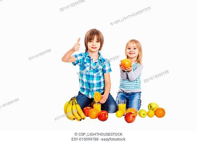 Dear children and fruit