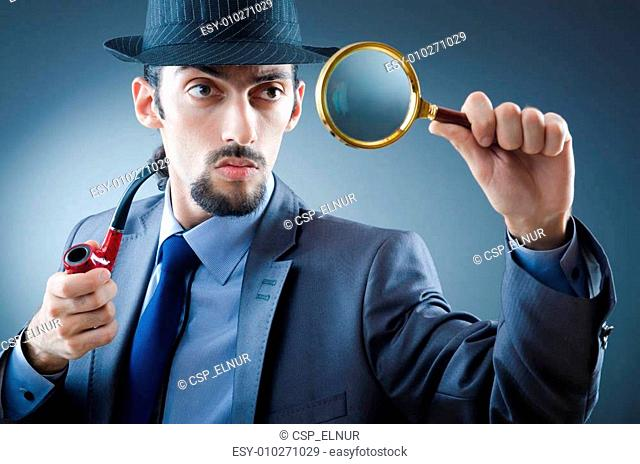 Detective with the smoking pipe