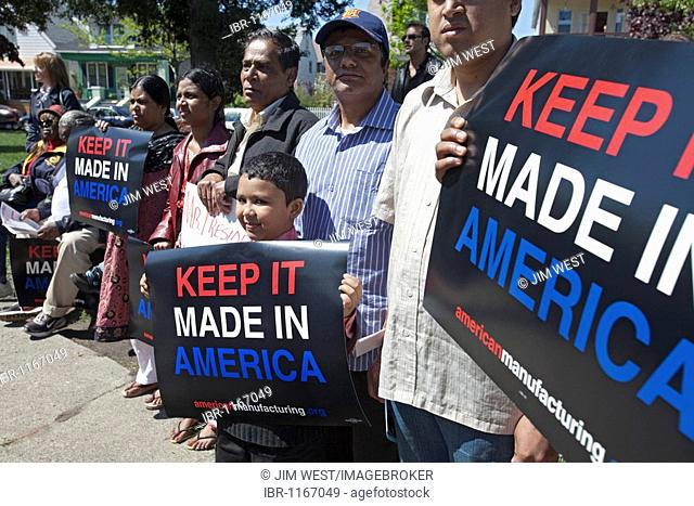 A rally to save American automobile manufacturing jobs, organized by the United Steelworkers and the Alliance for American Manufacturing; Hamtramck residents