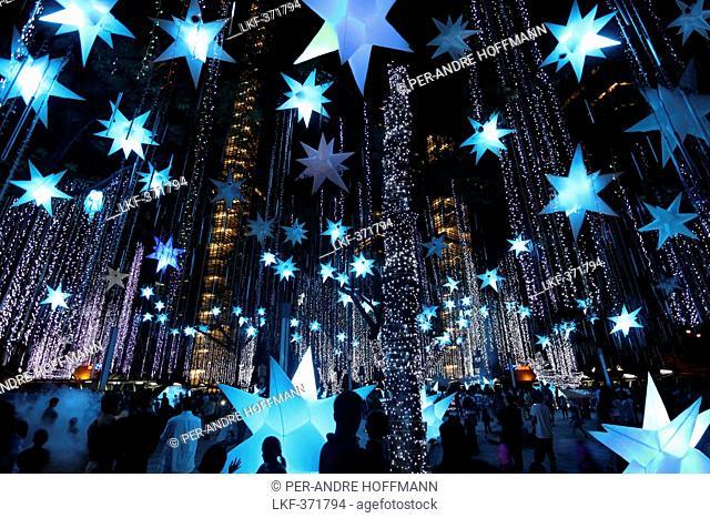 Christmas light show in Ayala Triangle, Makati, Manila, Luzon Island, Philippines, Asia