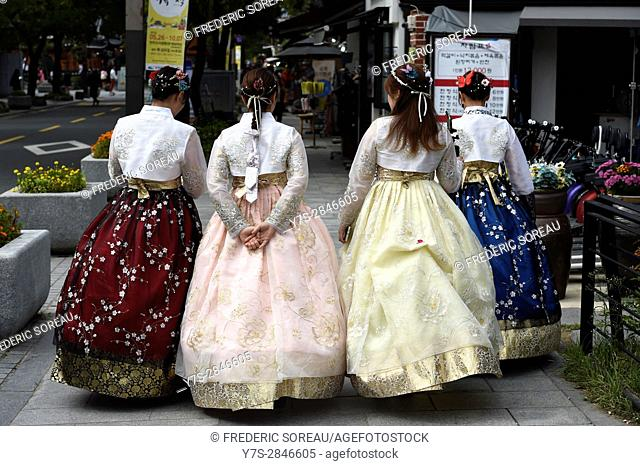 Women in traditional costume in Jeonju, South Korea
