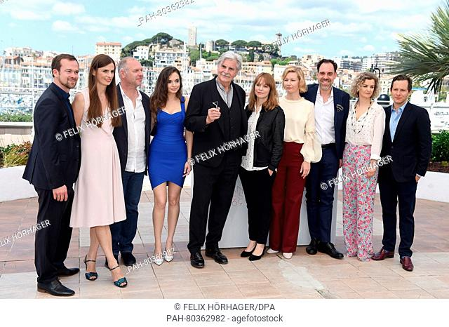 Producer Jonas Dornbach (l-r), Producer Janine Jackowski, actor Vlad Ivanov, actress Ingrid Bisu, actor Peter Simonischek, director Maren Ade