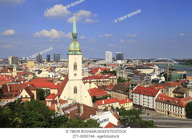 Slovakia, Bratislava, St Martin Cathedral, skyline,