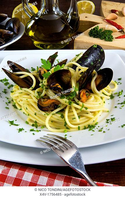 Spaghetti with mussels Mytilus galloprovincialis