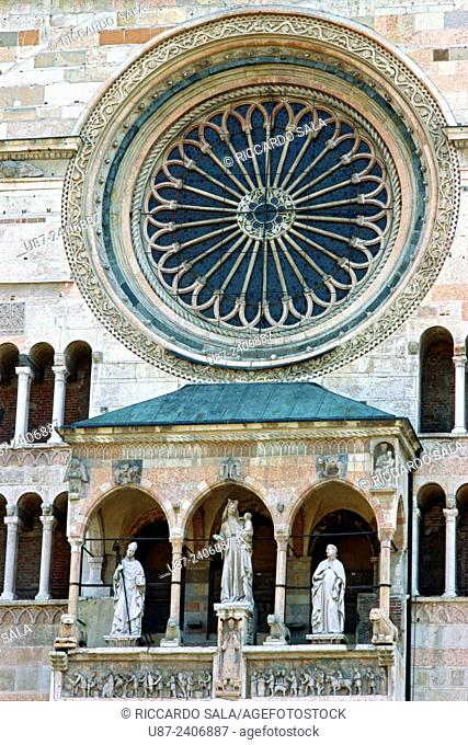 Italy, Lombardy, Cremona, Piazza del Comune Square, Duomo Cathedral, Detail Facade