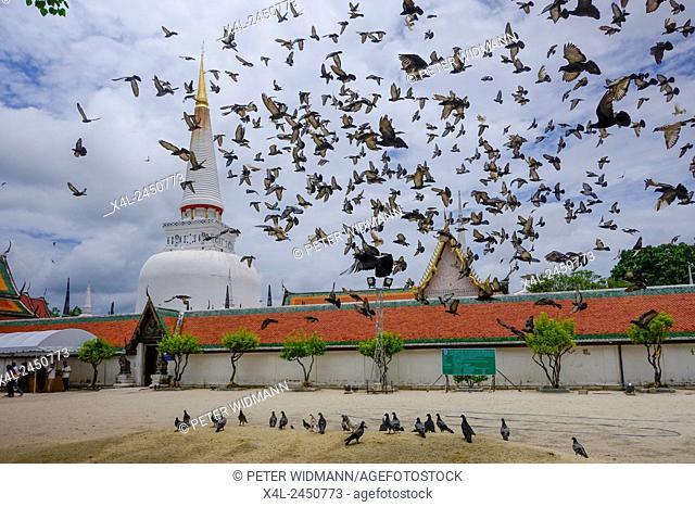 Temple, Wat Phra Mahathat Woramahawihan, Nakhon Si Thammarat, Thailand, Asia