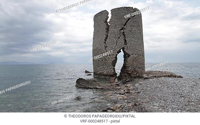 The old windmill at Agios Andreas Kynourias, a few weeks before it finally collapsed