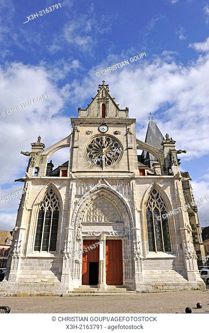 west facade of the church St-Jacques and St-Christophe, Houdan, Yvelines department, Ile-de-France region, France, Europe