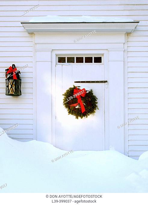 Christmas door. Gloucester. USA