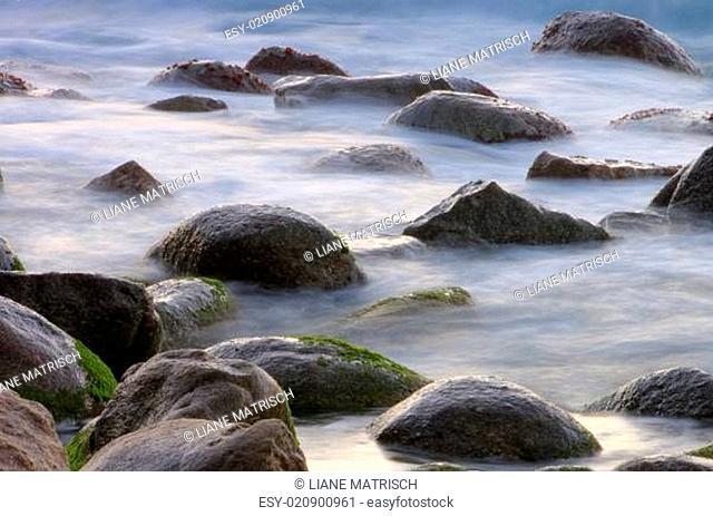 Felsen in der Brandung - rocks in surf 02