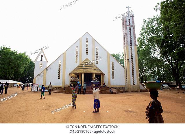 Displaced christians have taken refuge at the catholic mission