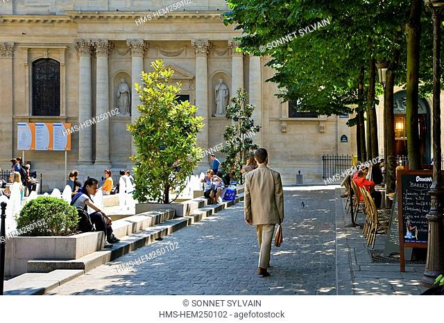 France, Paris, Quartier Latin, Place de la Sorbonne