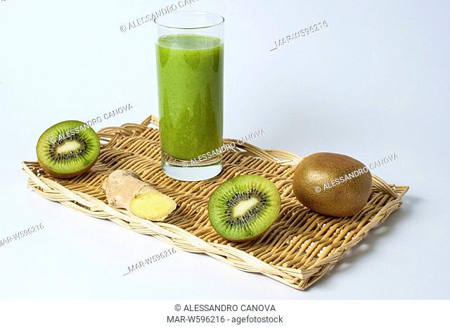 kiwi and ginger smoothie
