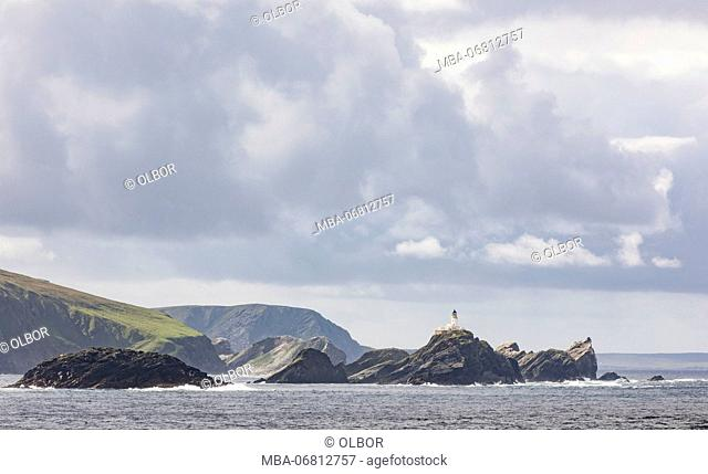 Great Britain, Scotland, Shetland, Unst, Out Stack, lighthouse
