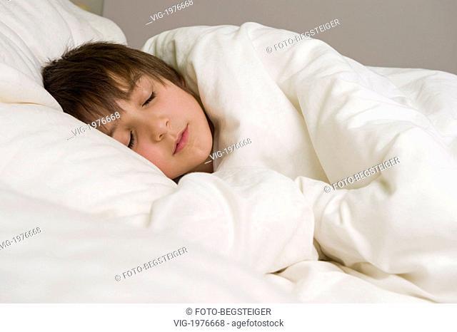 , 06.02.2010, boy sleeping - 06/02/2010