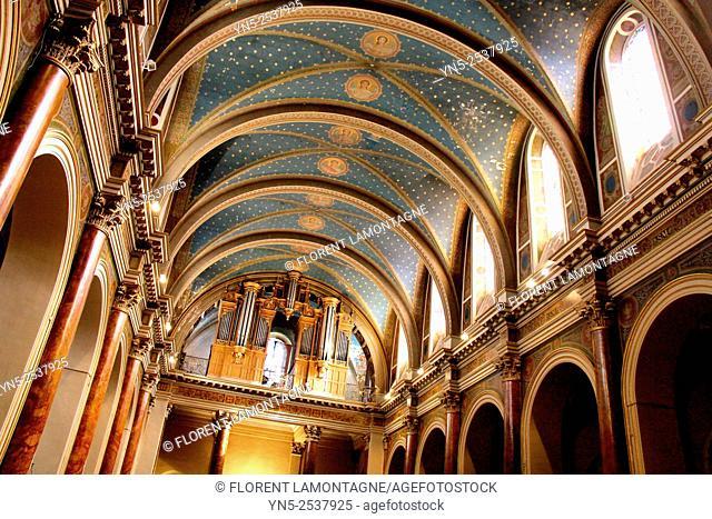 Organ in the church of La Madeleine in Albi, Tarn, France