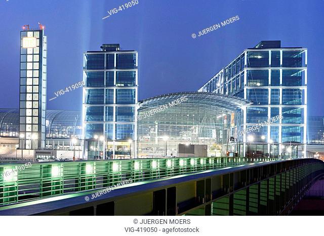 02.04.2007,Germany,Berlin:Main station. - Berlin, Berlin, GERMANY, 02/04/2007