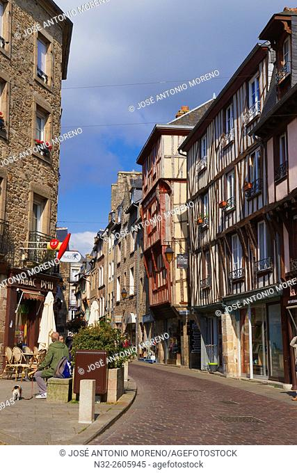 Dinan, Half timbered houses, Old Town, Bretagne, Brittany, Côtes d'Armor Department, Chateulin distict, France