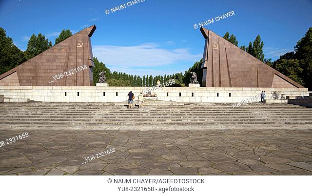 Panorama of the portal, designed as a stylized Soviet flags, The Soviet War Memorial, Treptower park, Berlin, Germany, Europe