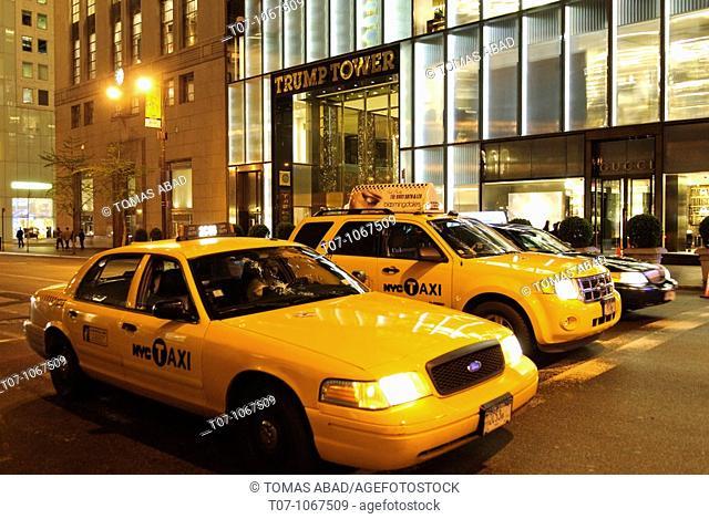 Yellow Tax Cab on 5 Th Avenue, New York City