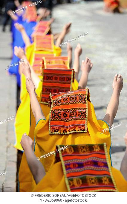 Inti Raymi ,the Festival of the Sun,is the annual recreation of an important Inca ceremony in Cuzco,Peru,South America on june 24 th,2013