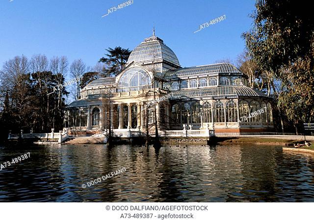 'Palacio de Cristal', winter garden at Buen Retiro garden. Madrid. Comunidad de Madrid. Spain