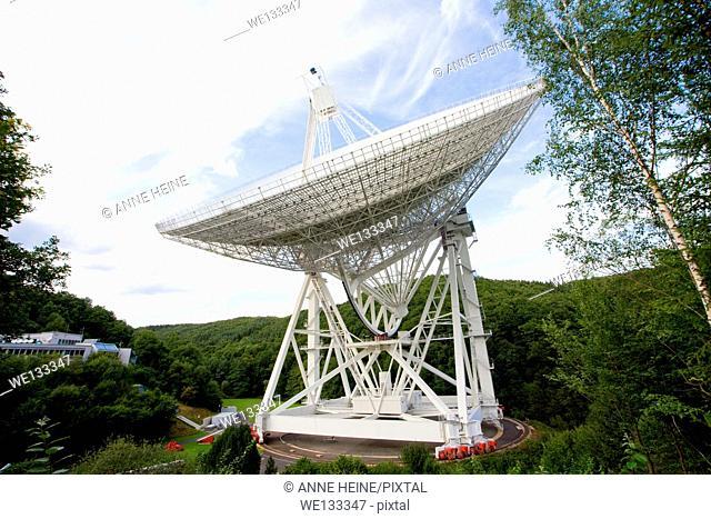 largest rotating radio telescope worldwide