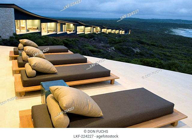 Sunloungers with view at Hanson Bay in front of the rooms of Southern Ocean Lodge, Kangaroo Island, South Australia, Australia